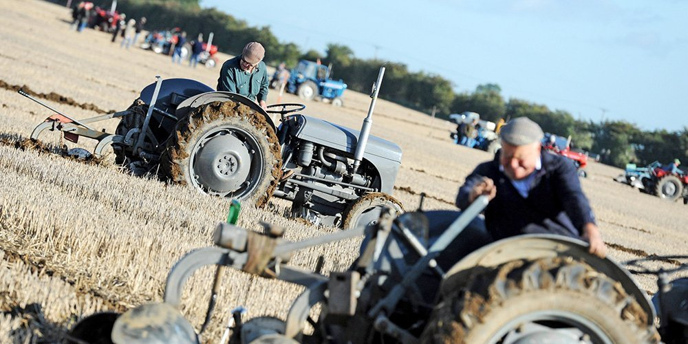 Tractor Ploughing at the Flintham Show